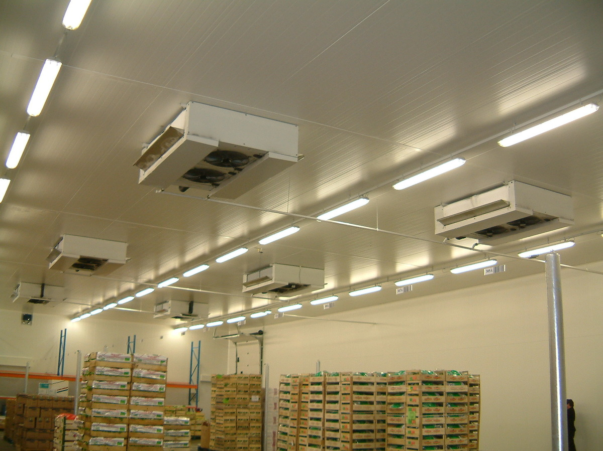 STOCK WAREHOUSE - Napoli - Italy.HDI industrial unit cooler installation